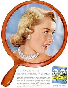 Tippi Hedren for White Rain Shampoo, 1956 this looks like a middy cut Vintage Advertisements, Vintage Ads, Vintage Images, Vintage Makeup, Vintage Beauty, 1940s Makeup, Vintage Fashion, 50s Hairstyles, Vintage Hairstyles