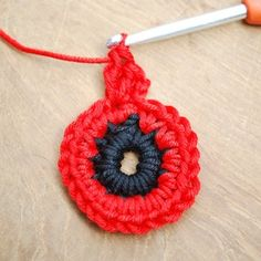 Get those hooks out. here's a free Remembrance Poppy Crochet Pattern. Crochet Butterfly Free Pattern, Crochet Coaster Pattern, Crochet Flower Tutorial, Crochet Flower Patterns, Crochet Blanket Patterns, Knitting Patterns, Flower Crochet, Crochet Ideas, Crochet Stitches