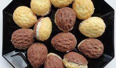 Jak upéct cukroví plněné ořechy | recept Christmas Candy, Christmas Baking, Xmas, Arabic Food, Top Recipes, Holiday Cookies, Desert Recipes, International Recipes, Sweet Tooth