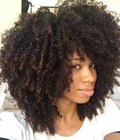 Motivos para cortar as pontas do seu cabelo cacheado. 4a Natural Hair, Natural Hair Journey, Natural Hair Styles, Cabelo 3c 4a, Coily Hair, Kinky Hair, 3c 4a Hair, Pelo Afro, Afro Textured Hair