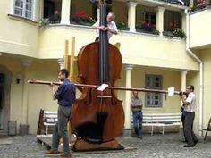 Afbeeldingsresultaat voor huge violin