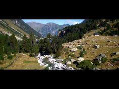 Situé à 7km de Cauterets dans le Parc National des Pyrénées, le Pont d'Espagne, Grand Site Midi-Pyrénées, et sa nature préservée est le terrain de jeu idéal pour les ballades et les randonnées.