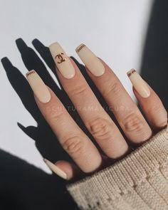 Brown Acrylic Nails, Bling Acrylic Nails, Best Acrylic Nails, Chanel Nails Design, Chanel Nail Art, Gem Nails, Heart Nails, Dior Nails, Mickey Nails