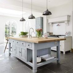 These modern kitchen lighting ideas over island and fixtures will add style to any home. for low ceiling diy home kitchen decor Open Plan Kitchen, New Kitchen, Kitchen Dining, Kitchen Decor, Kitchen Ideas, Kitchen Stuff, Free Standing Kitchen Island, Swedish Kitchen, Kitchen Trends