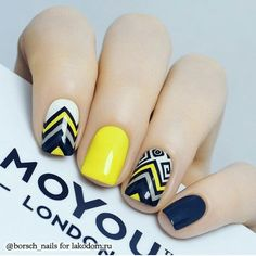 Top 150 ideas for Yellow Nail art designs - Reny styles Yellow Nails Design, Yellow Nail Art, Red Sparkly Nails, Blue Nails, Short Nail Designs, Nail Art Designs, Nail Deco, Nail Art Vernis, Tribal Nails