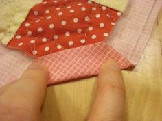 Self Binding with an easy cheat mitred corner! LOVE