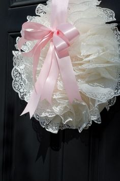 Tea Party Birthday - Wreath for front door. So girly. Maybe adding some spring flowers or pearls Doilies Crafts, Paper Doilies, Wreath Crafts, Diy Wreath, Paper Crafts, Shabby Chic Kranz, Shabby Chic Pink, Tea Party Birthday, Pink Parties