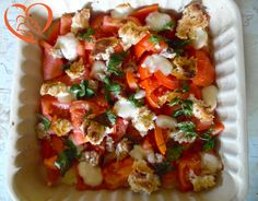 Sformato di pomodori con formaggio e pane http://www.cuocaperpassione.it/ricetta/612d1f4c-9f72-6375-b10c-ff0000780917/Sformato_di_pomodori_con_formaggio_e_pane