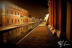 Comacchio by night, Lidi Ferraresi, Emilia-Romagna, Italy | #VearHausing for your vacation in Lidi Ferraresi www.vear.it