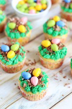 The Gold Lining Girl | Bird�s Nest Cupcakes | http://thegoldlininggirl.com