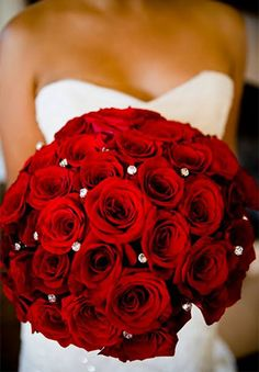 Red #wedding theme ideas | CHWV
