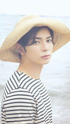 松本潤の画像 プリ画像 Types Of Guys, Japanese Artists, Model Pictures, Asian Boys, My Beauty, Gay Couple, Cute Boys, Beautiful People, Idol