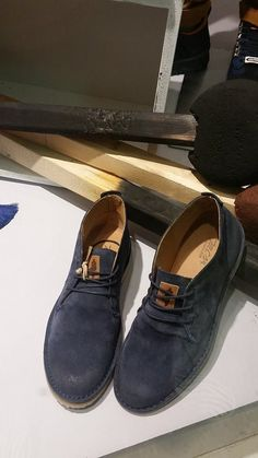 Window display #Omberon Fall14 Men Dress, Dress Shoes, Sperrys, Loafers Men, Boat Shoes, Oxford Shoes, Windows, Display, Fall