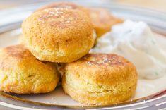 Chickpea Fritter Puffs Gluten Free Baking, Vegan Gluten Free, Gluten Free Recipes, Vegetarian Recipes, Cooking Recipes, Vegan Vegetarian, Snack Recipes, Pan Sin Gluten, Sans Gluten