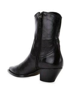 Are you ready, boots? Shop designer boots for women at Farfetch and find everything from biker to hiking, thigh-high to Chelsea by your favourite brands. Cuban Heel Boots, Fashion Shoes, Men's Fashion, Scanlan Theodore, Designer Boots, Dress With Boots, Men's Style, Chelsea Boots, Footwear