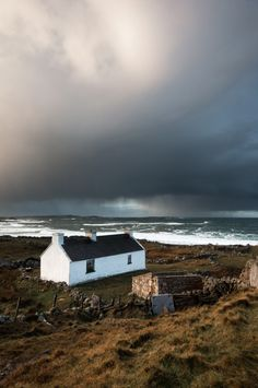 The Little Hermitage - shaunheaney: Bloody Foreland, Donegal - Winter. Irish Cottage, Donegal Cottages, Beautiful World, Beautiful Places, Scottish Cottages, Cottages By The Sea, Photos Of The Week, Cool Pictures, Ocean Pictures