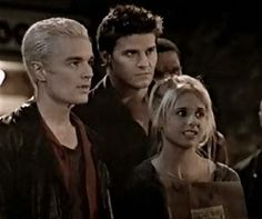 The first vampire love triangle that I loved. #Buffy
