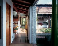 Peter Aldington's Turn End, celebrated in a new book, should be on every architect's must-see list. His village in a village encapsulates the architect's be British Architecture, Residential Architecture, Interior Architecture, Interior And Exterior, Interior Design, Arch Interior, Roof Beam, Village Houses, Mid Century House