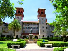St. Augustine Walking Tour - A self guided St. Augustine Florida attraction by Smart Walking Tours