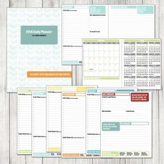 Organize your work & life with this 2014 Daily Planner Printable - FREE download for a limited time from The Project Cottage. Happy New Year!