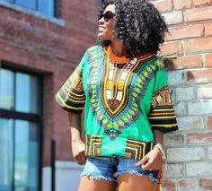 DASHIKI SHIRT AND CHIC N' BOLD BEADED NECKLACE