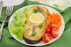 Epe-diéta: milyen ételeket kerülj, és milyen ételek ajánlottak | Mindmegette.hu Fresh Rolls, Healthy, Ethnic Recipes, Food, Essen, Meals, Health, Yemek, Eten