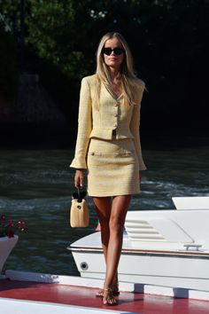 Preppy Outfits, Classy Outfits, Chic Outfits, Fashion Outfits, Posh Dresses, Preppy Girl, Queen Fashion, Elegant Outfit, Aesthetic Clothes
