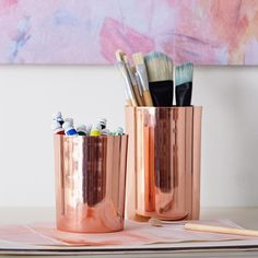 Designed exclusively for PBteen with teen artist and fashion designer Isabella Rose Taylor, our rose gold Art Cannisters capture her edgy yet playful design aesthetic--and keep your desk in tip-top shape! Home Decor Bedroom, Diy Home Decor, Bedroom Ideas, Dream Bedroom, Bedroom Furniture, Bedding Decor, Gold Bedroom, Bedroom Styles, Bedroom Inspiration