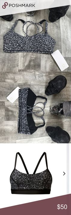 Lululemon Free To Be Bra NWT Lululemon Free to Be Bra, lightweight with small busted yoga enthusiat in mind, Luxtreme interlock construction great support & coverage with cool feel pockets, light support lululemon athletica Intimates & Sleepwear Bras