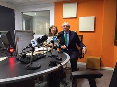 """Antonio Banda, CEO de Feelcapital, junto a la periodista económica Susana Criado en el programa Capital Inter (Intereconomía). """"El mundo de la inversión se está abriendo a los #RoboAdvisor, es algo imparable"""", afirmó Banda. #FondosDeInversión (18 de marzo de 2016)."""