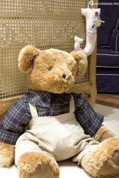quarto de bebê ursinho Nursery Toys, Teddy Bear, Baby, Animals, Baby Corner, Beautiful Wallpaper, Nursery Decor, Baby Girls, Industrial Kids Decor