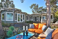 High-end mobile homes are becoming a new trend — even celebs such as Minnie Driver and Matthew McConaughey have lived in one.