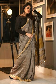 Sarees According To Character: Reflecting Feminine Aspect at its Best Saree Draping Styles, Saree Styles, Drape Sarees, Indian Attire, Indian Ethnic Wear, Indian Dresses, Indian Outfits, Saris Indios, Outfits
