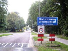 In de bossen van Beetsterzwaag kun je lange wandelingen maken Name Boards, Place Names, Netherlands, Places, Holland, The Netherlands, Lugares