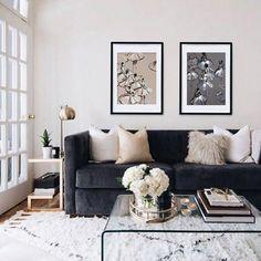 70 Favourite Grey White Black Living Room Decor Ideas And Remodel Living Room Decor Grey Couch, Dark Blue Living Room, Living Room Colors, Living Room Grey, Living Room Modern, Rugs In Living Room, Living Room Designs, Cozy Living, Small Living