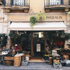 Isn't that the most adorable flower shop you have seen? Vicenza Italy - - - - - - - - - - - - - - - - - - - - - - - - - - - #travel #travels #traveling #tripstagram #travlgram #travelphotography #trip #travelphotography #newbornphotography #flowers #flowershop #italy #italian #bulgariangirl #vicenza #instatraveling #instatravel #millenials #tumblr #trends #trend #trending #blogger #blogging #blog #millennial