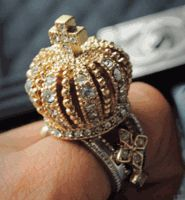 Vintage Imperial Crown Ring Imperial Crown, Statement Rings, Fashion Tips, Fashion Design, Fashion Trends, Betsey Johnson, Jewelry Rings, Crown Rings, I'm Sad