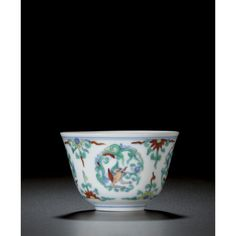 A 'doucai' makara cup. Fine Porcelain, Porcelain Ceramics, Chinese Figurines, Chinese Ceramics, Qing Dynasty, Chinese Art, Modern Art, Auction, Pottery