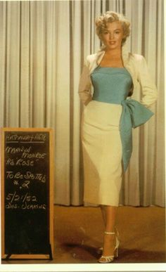 ♥ Love Marilyn in this outfit