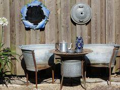 Gartenmöbel aus alten Wannen