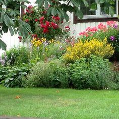 Gartengestaltung Beispiele   Praktische Tipps Und Frische Ideen | Kert |  Pinterest | Garden Ideas, Gardens And Garten