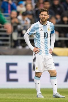 """Lionel Messi will start for Argentina tonight, his first game starting this Copa America. Cr7 Vs Messi, Messi Soccer, Messi 10, Neymar, Nike Soccer, Soccer Cleats, Fc Barcelona, Lionel Messi Barcelona, Barcelona Soccer"