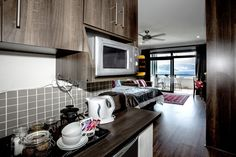 Cape Town, Marines, Catering, Kitchen Cabinets, Luxury, Room, Home Decor, Bedroom, Decoration Home