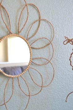 Target Knock-off Twine Sunburst Mirror-with a Twist! Mirror Crafts, Diy Mirror, Wall Mirrors, Mirror Ideas, Knock Off Decor, Twine Crafts, Diy Furniture Decor, Diy Crafts For Home Decor, Vintage Mirrors