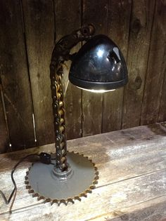 Tractor Lamp utilizing chain and a sprocket