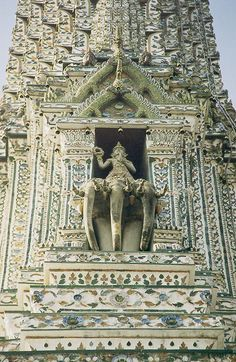 "Detail of the Phra Prang, the central tower, of the Wat Arun (""Temple of Dawn"") in Bangkok, Thailand"