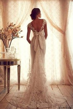 Gossamer Collection by Anna Campbell Bridal