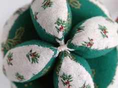 Amish Patchwork Puzzle Ball Keepsake Christmas ~ Sarah's Country Kitchen ~