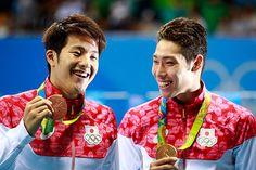 萩野が金メダル、瀬戸は銅 ダブル表彰台に笑顔=リオ五輪・競泳