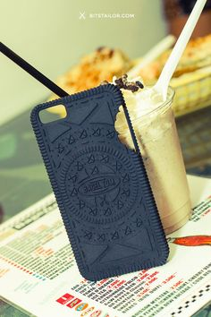 Personalized iPhone 6 case 0R30 4 G33K - Inspired by the sweetness of a cookie - Give a unique style to your iPhone - 3D printing